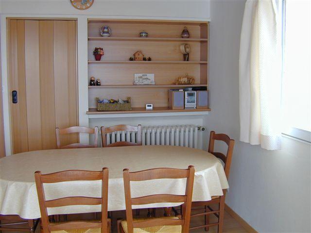 Eetkamer  Appartement 64 Alpe d'Huez