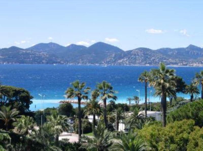 Uitzicht vanaf het balkon  Appartement 104812 Cannes