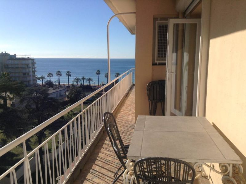 Terras  Appartement 104812 Cannes