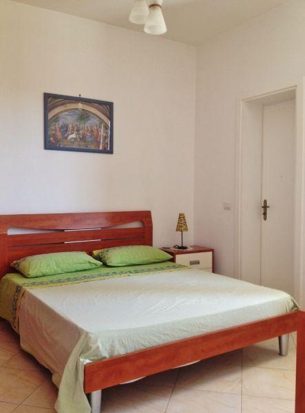 slaapkamer 1  Appartement 97119 Gallipoli