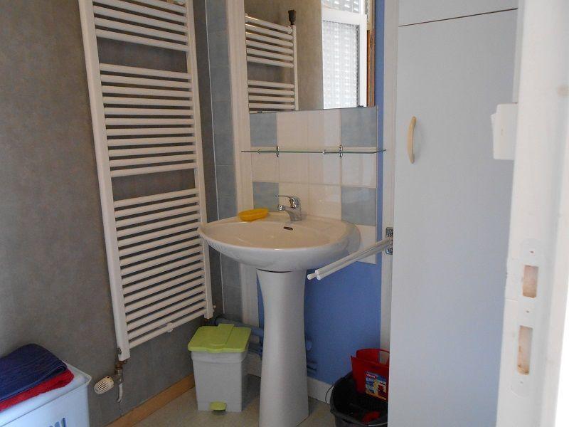 Badkamer  Appartement 115202 La Bourboule