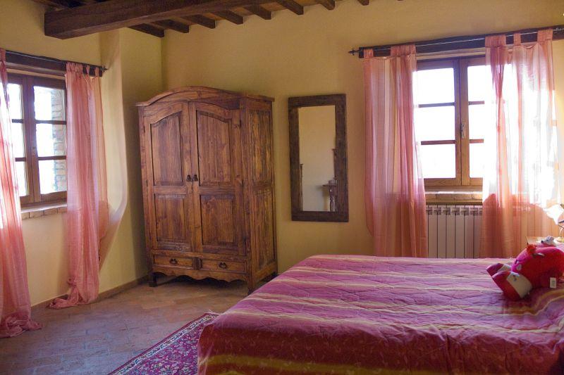 slaapkamer 3  Huis 87280 Cortona
