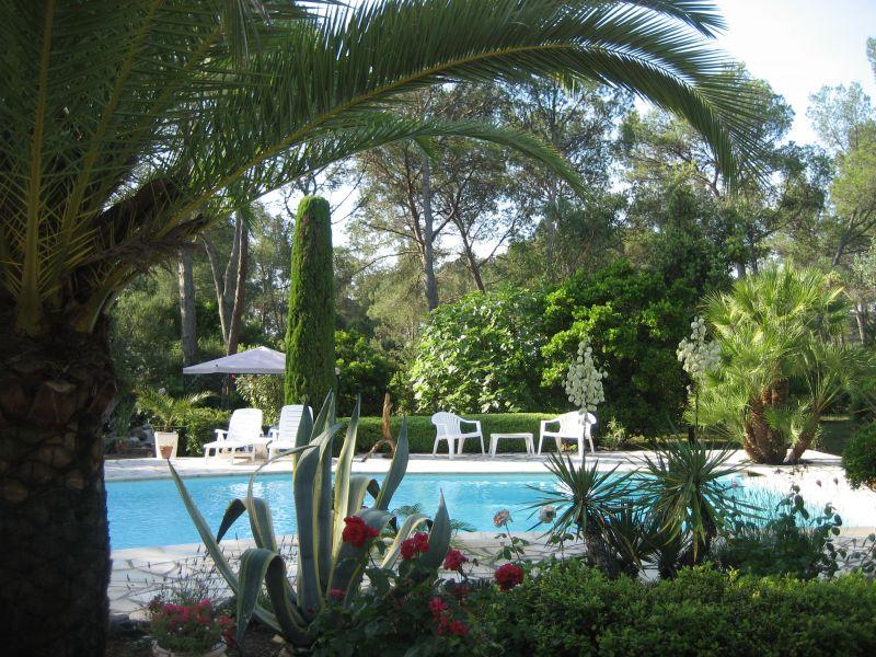 Uitzicht vanaf het terras  Villa 103900 Saint Raphael