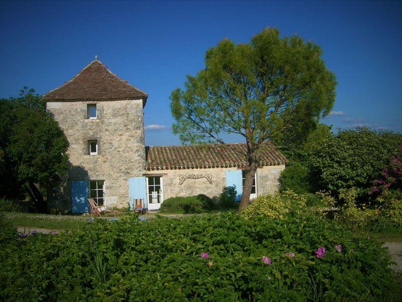 Het aanzicht van de woning  Vakantiehuis 28762 Monpazier
