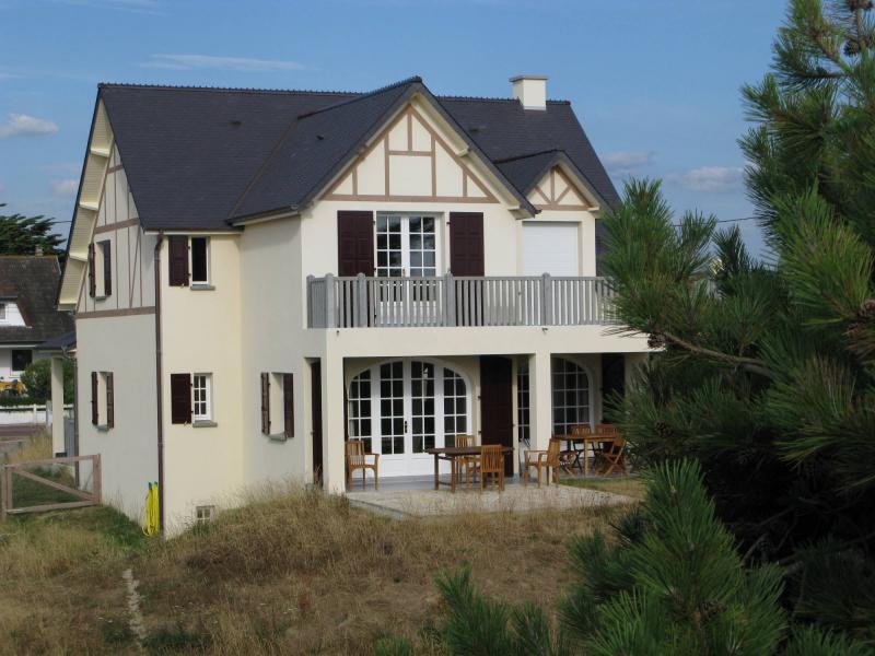 Het aanzicht van de woning  Villa 30390