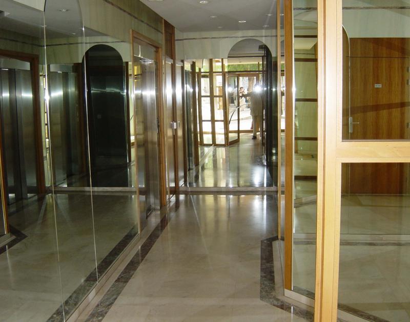Ingang  Appartement 35730 Menton