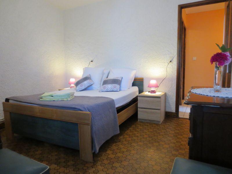 slaapkamer 3  Vakantiehuis 51135 Saint-Cirq-Lapopie