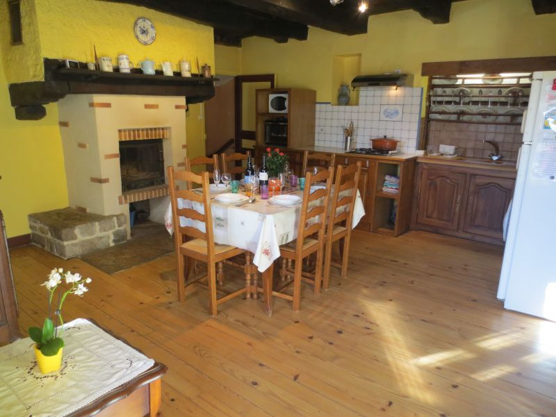 Gesloten keuken  Vakantiehuis 51135 Saint-Cirq-Lapopie
