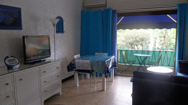 Eetkamer  Appartement 5542 Cannes
