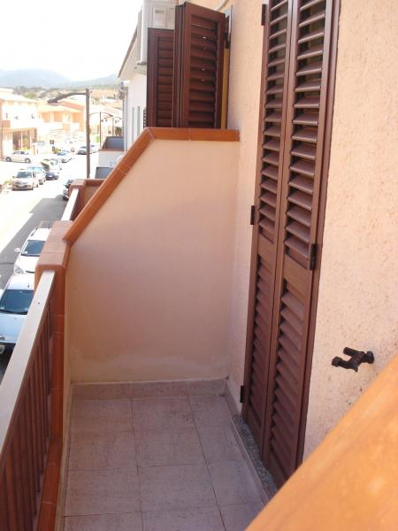 Uitzicht vanaf het balkon  Studio 55748 Isola Rossa