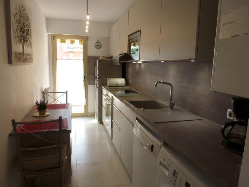 Gesloten keuken  Appartement 5623 Saint Raphael