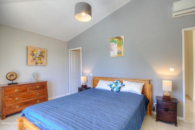 slaapkamer 2  Villa 59939 Porto Vecchio