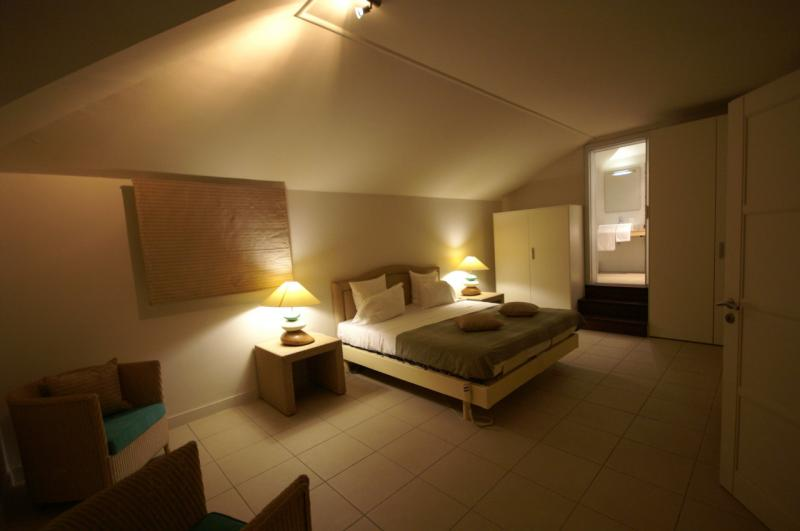 slaapkamer 1  Villa 8020 Saint Francois