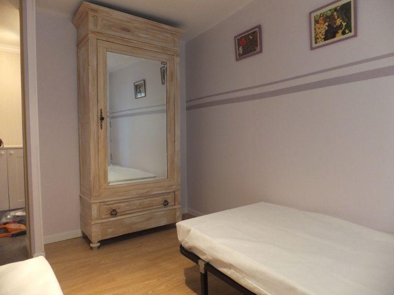 slaapkamer 2  Appartement 98785 Sérignan