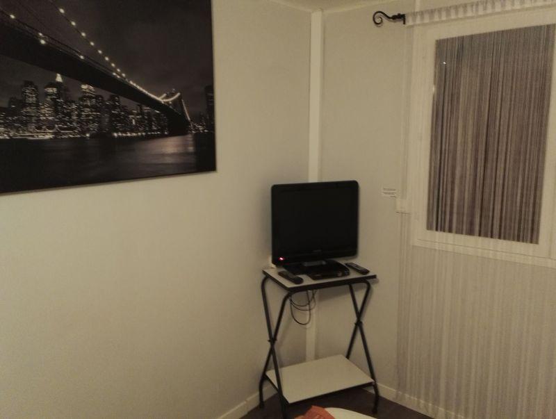 slaapkamer 1  Appartement 98785 Sérignan