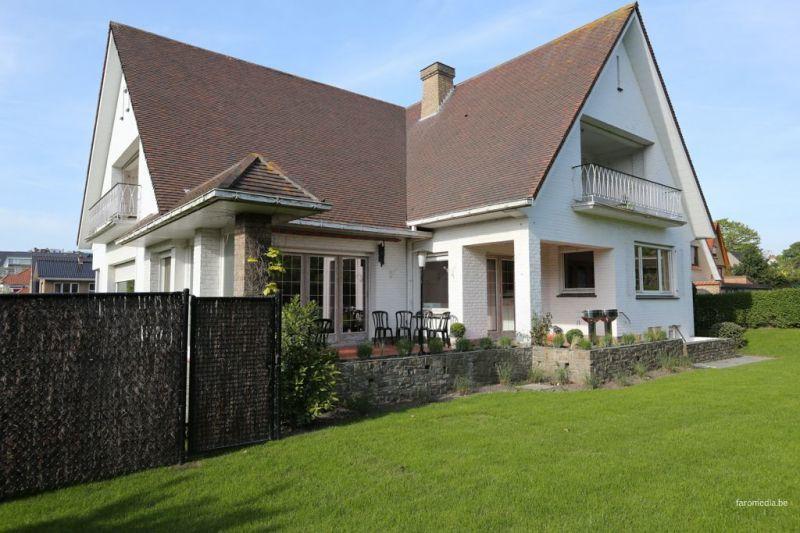 Het aanzicht van de woning  Villa 116743 De Panne