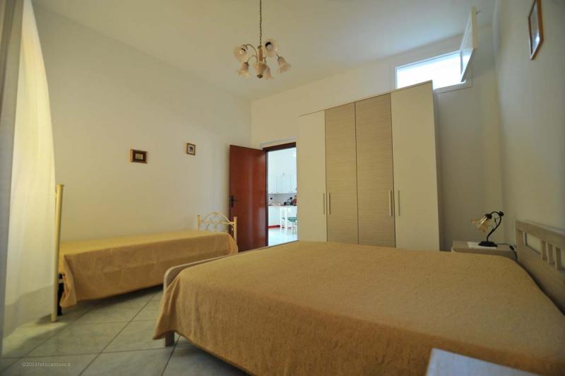 slaapkamer 2  Appartement 93385 Ugento - Torre San Giovanni