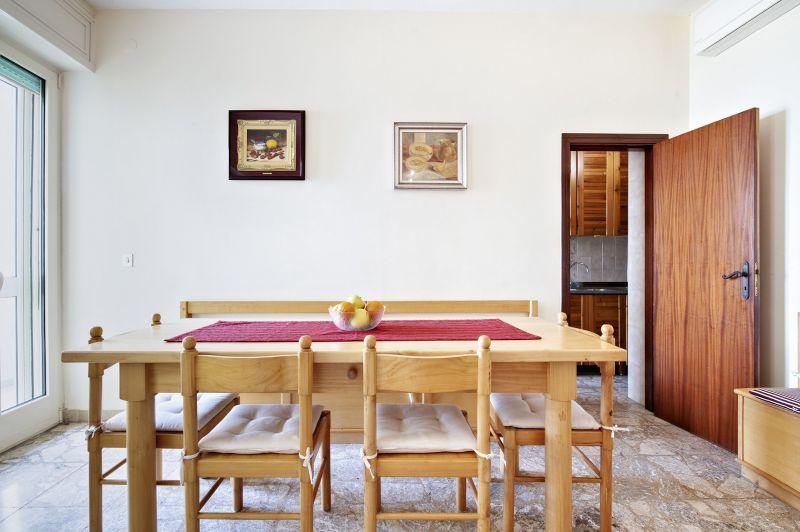 Eetkamer  Appartement 115508 Gallipoli