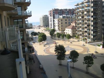 Uitzicht vanaf het balkon  Appartement 91057 De Panne