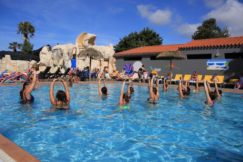 Zwembad  Stacaravan 107395 Saint Hilaire de Riez