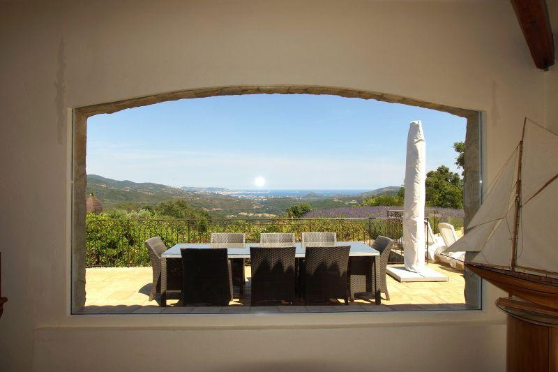 Uitzicht vanaf de woning  Villa 111352 Fréjus