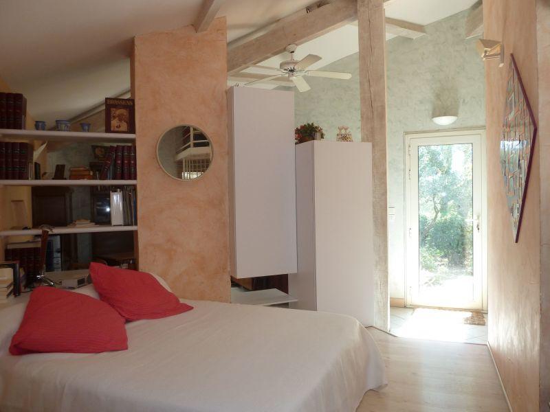 slaapkamer 1  Villa 112551 Nîmes