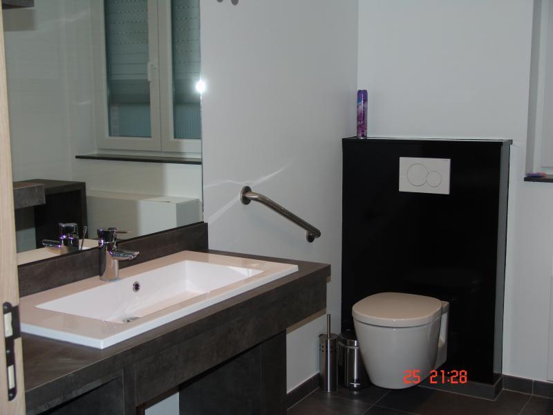 badkamer 1  Vakantiehuis 78556 Kortrijk