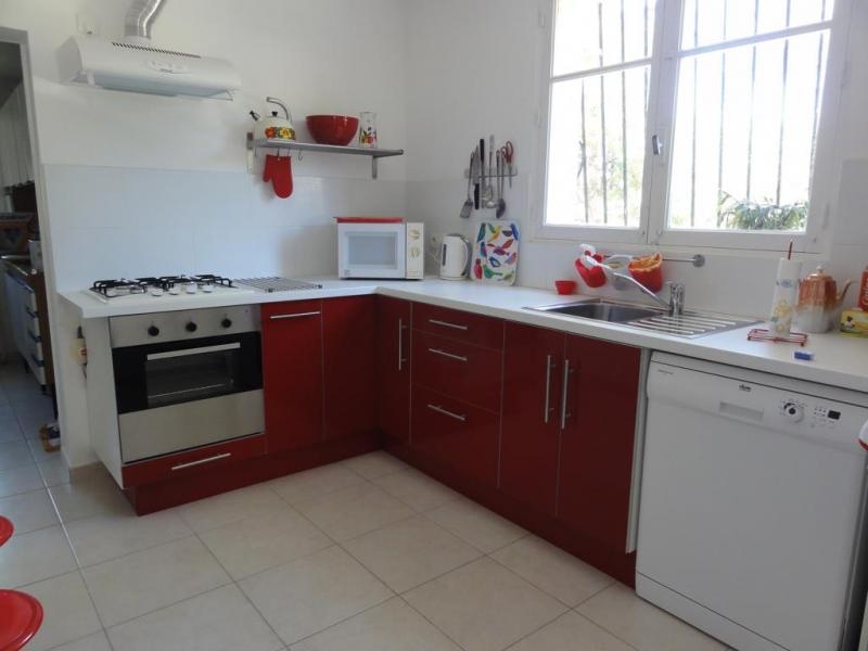 Gesloten keuken  Villa 84463 La Seyne sur Mer
