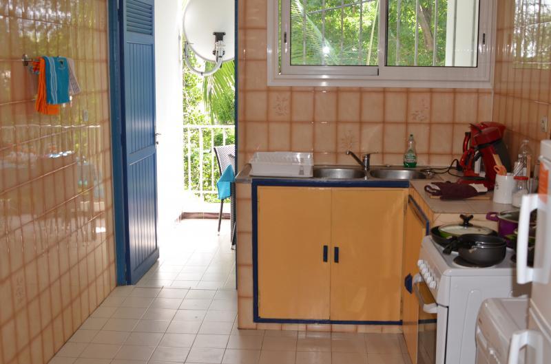 Gesloten keuken  Appartement 76076 Saint Pierre (Réunion)