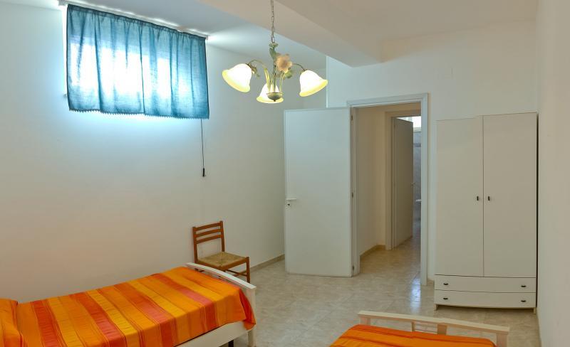 slaapkamer 2  Appartement 83079 Gallipoli