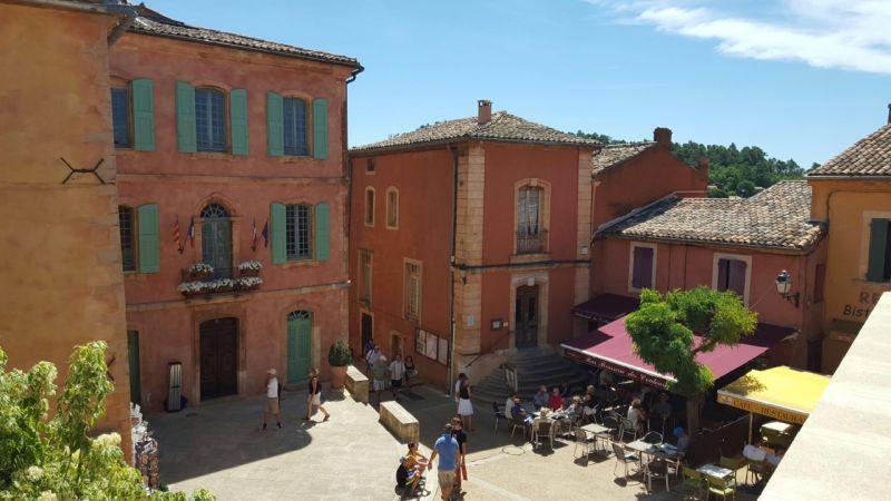 Zicht op de omgeving  Huis 100544 Roussillon