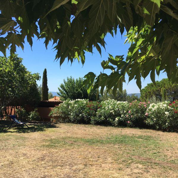 Uitzicht vanaf het terras  Huis 100544 Roussillon