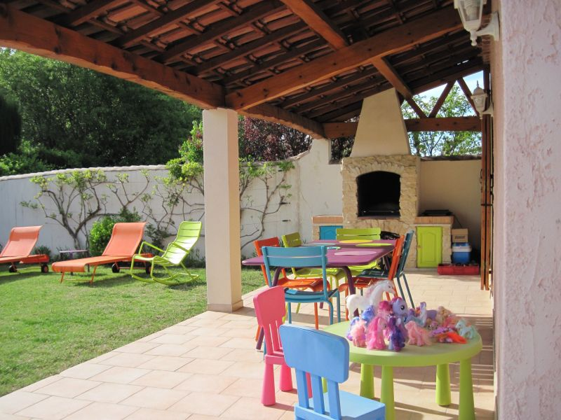 Terras  Villa 118411 Isle sur la Sorgue