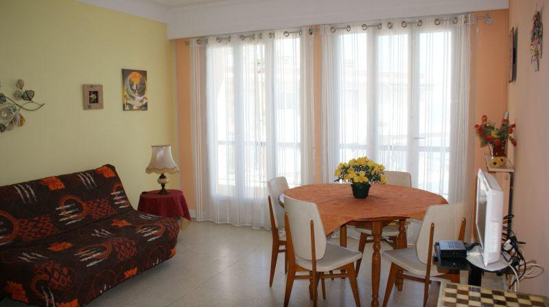 slaapkamer  Studio 112899 Menton