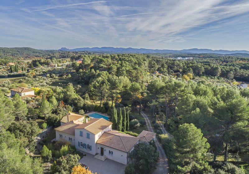 Het aanzicht van de woning  Villa 118602 Lorgues