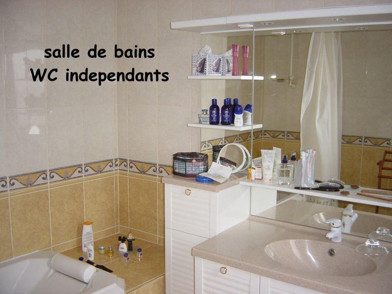 badkamer  Appartement 101851 Le Tréport