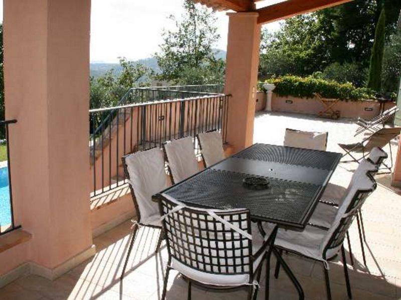 Uitzicht vanaf het terras  Villa 108337 Fayence