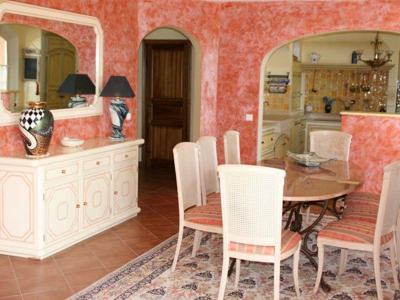 Eetkamer  Villa 108337 Fayence