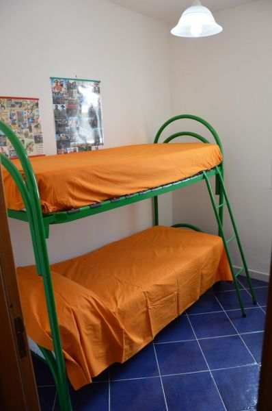 slaapkamer 2  Appartement 83720 Porto Cesareo