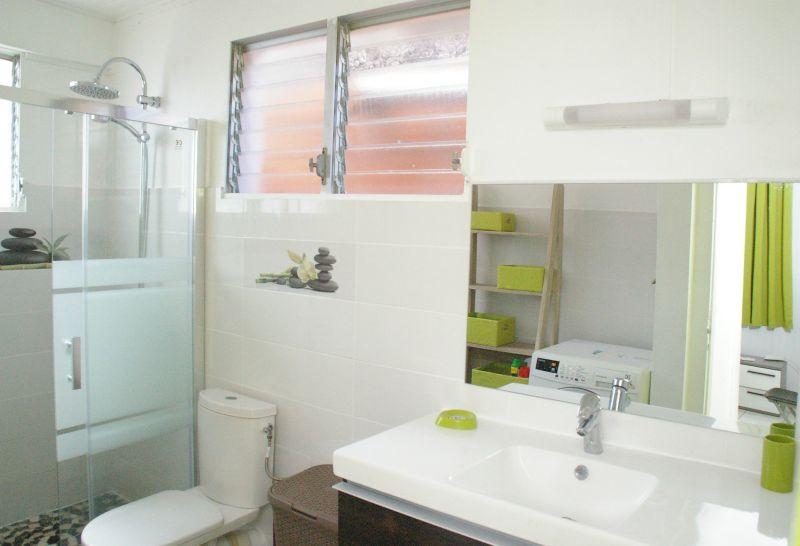 badkamer  Appartement 90232 Anses d'Arlet