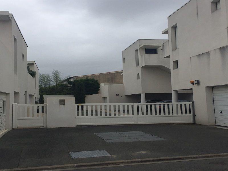 Parkeerplaats  Studio 108987 La Rochelle
