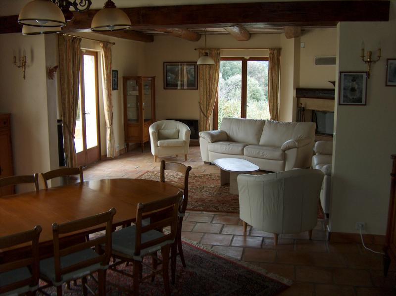 Eetkamer  Villa 83534 Anduze
