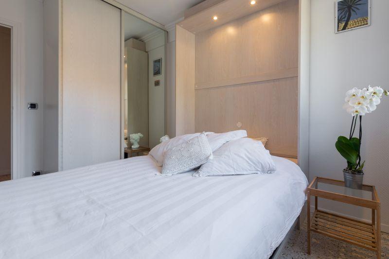 slaapkamer 2  Appartement 77050 Menton