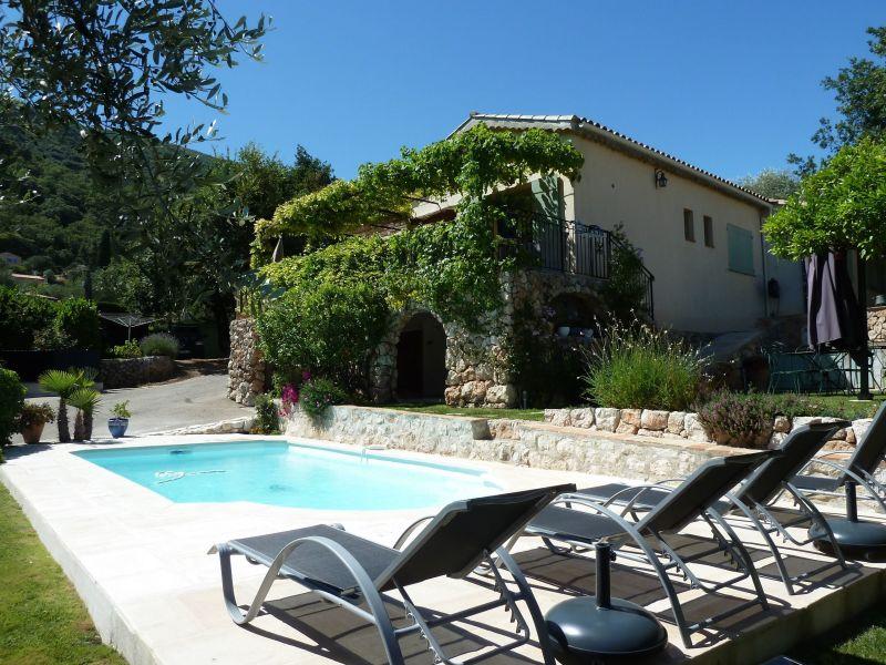 Het aanzicht van de woning  Villa 92098 Nice