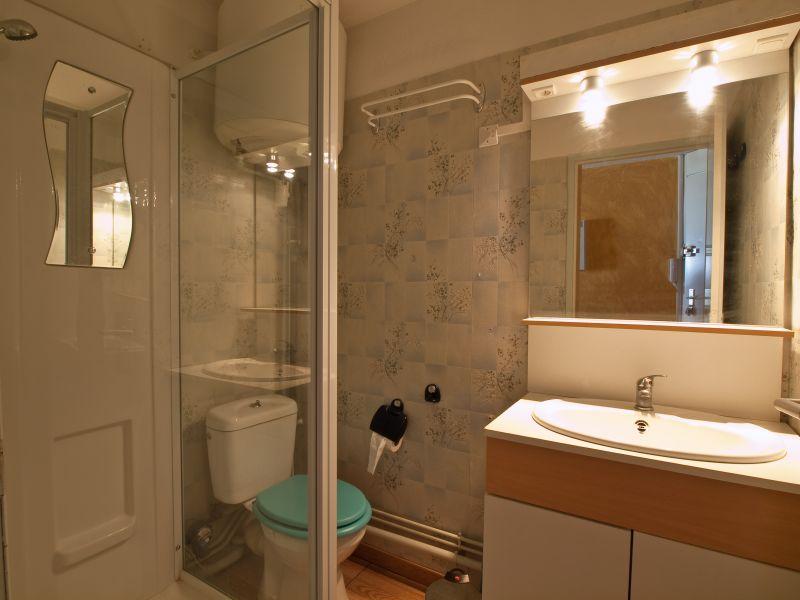 badkamer  Appartement 92451 Arcachon